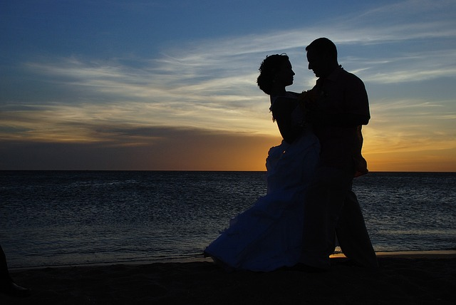 How To Write A Romance Novel - The Wealth Solutions